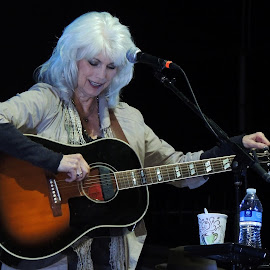 Emmylou by Teresa Daines - People Musicians & Entertainers