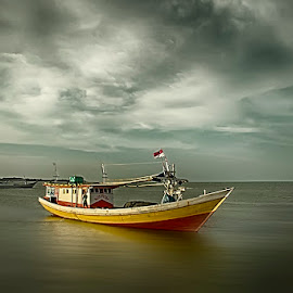 The Prince of Bajoe by Sudirmanto  Muchtar - Transportation Boats