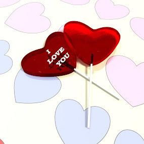 I love you lollipops. by TONY LOPEZ - Illustration Holiday ( love, amor, hearts, heart, red, valentines, february, candy, 3d, swt )