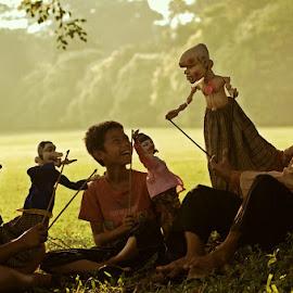 Morning puppet story by M Reza Saptodi - Babies & Children Children Candids