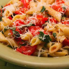 No-Cook Pasta Sauce with Fresh Tomatoes, Basil and Thyme