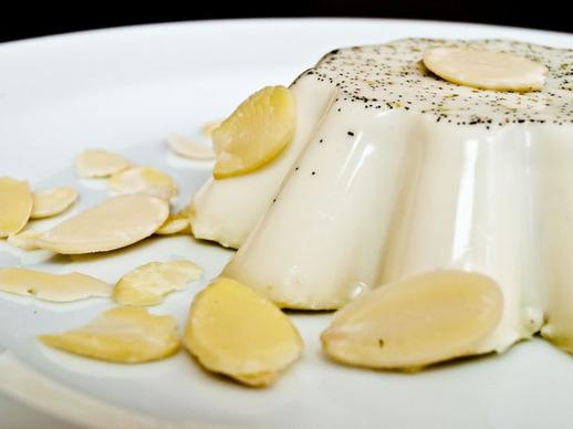 Vanilla, Cinnamon, and Lime Panna Cotta Recipe | Yummly