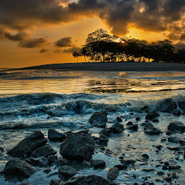 Changi Beach at dawn - Singapore. by John Chung - Landscapes Beaches