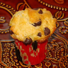 Basic Chocolate Chip Muffins