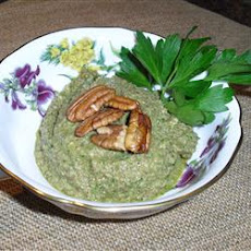 Pecan Parsley Pepper Pesto