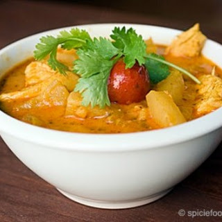 Luscious Thai Chicken Pineapple Curry
