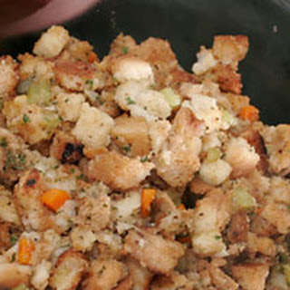 Traditional Bread Stuffing with Herbs
