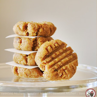 """Raw"" Peanut Butter Cookies"