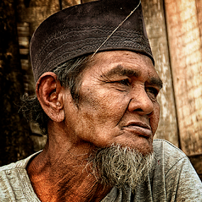 Meratap by Joey Bangun - People Portraits of Men