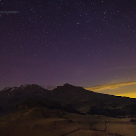 Iztaccihuatl and stars by Cristobal Garciaferro Rubio - Landscapes Mountains & Hills ( mexico, stars, iztaccihuatl )