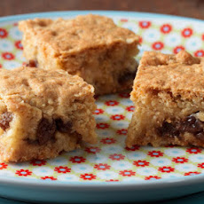 Apple And Raisin Honey Squares