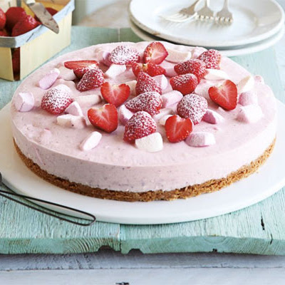 Strawberry-mallow Cheesecake