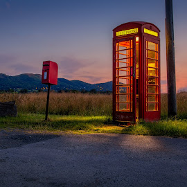 Early call by Dave Knibbs - Buildings & Architecture Other Exteriors ( england, phone, telephone box, phone box, malverns, night, sunrise, telephone )