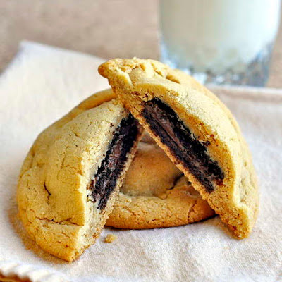 Fudgee-o Stuffed Peanut Butter Cookies