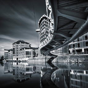 Valentines Bridge by Nick Holland - Buildings & Architecture Bridges & Suspended Structures ( black and white )