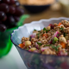 Couscous Salad With Chickpeas and Tomatoes