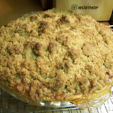 Apple Pie With Oatmeal Crumble Topping