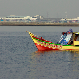Comin' Home by Joshua Sujasin - Transportation Boats ( greenbay, coming home, fisherman, boat, traditional fisherman )