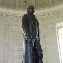 Jefferson statue by Ray Stevens - Buildings & Architecture Statues & Monuments