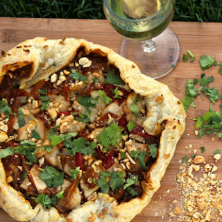Garlicky Thai Chicken Pizza