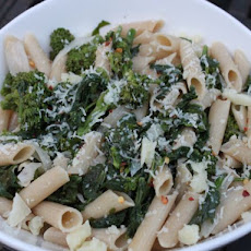 Spicy Braised Broccoli Rabe with Quinoa Pasta