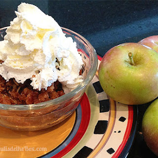 Crockpot Caramel Apple Crisp