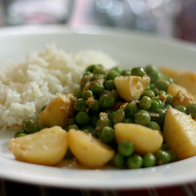 Potato and Pea Curry with Yogurt, Cumin, and Ginger