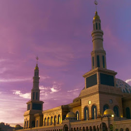 purple skies at islamic center samarinda by Yudi Saksono - Buildings & Architecture Places of Worship ( masjid, mosque, indonesia, kalimantan, borneo )
