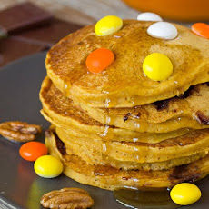 Pumpkin-Chocolate Chunk Pancakes