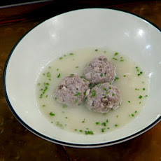 Meatballs in Egg and Lemon Broth: Youvarlakia Avgolemono