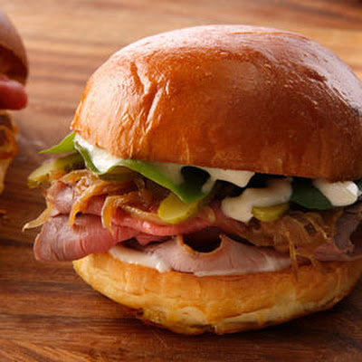 Roast Beef and Caramelized Onion Sliders