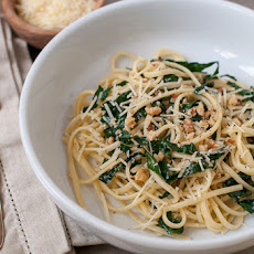 Pasta With Kale, Lemon And Toasted Walnuts