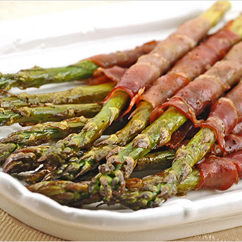 wrapped in prosciutto roasted prosciutto wrapped asparagus bundles ...