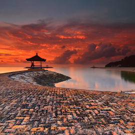 Sanur beach by Raung Binaia - Landscapes Beaches
