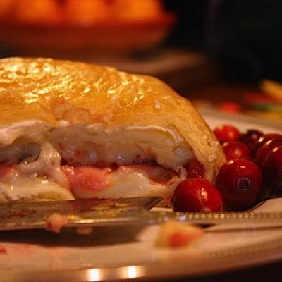 Baked Brie With Cranberries And Pears