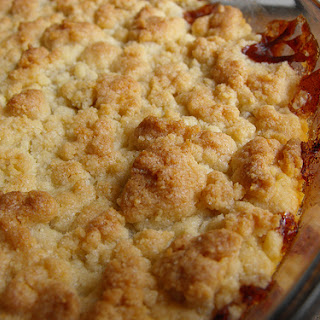 Apple and Loquat Crumble