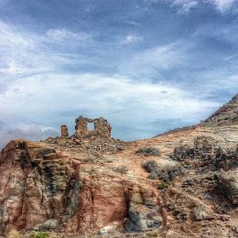 Gran Canaria by Joanna Holland - Landscapes Travel