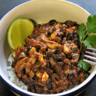 Black Bean and Cashew Chicken Chili