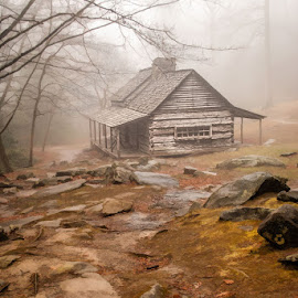 Lifting fog by Lowell Griffith - Buildings & Architecture Public & Historical ( fog, log cabin, smokies,  )