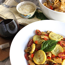 Summer Pasta Salad with Sun-Dried Tomato Pesto