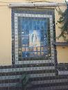 Mural Vírgen En El Estacionamiento