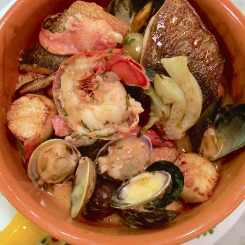 Feast Of Seven Fishes In One Pot
