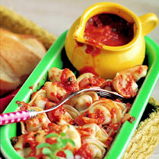 Tortellini with Roasted Red Pepper Sauce