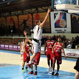 by John Bonanno - Sports & Fitness Basketball
