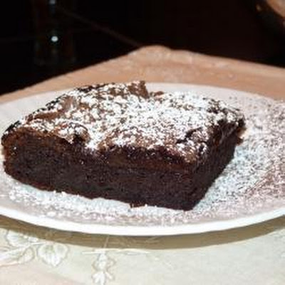 Fudgy Flourless Chocolate Cake