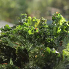 Crispy Kale Chips with Lemon