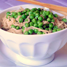 Sesame Ramen With Green Peas