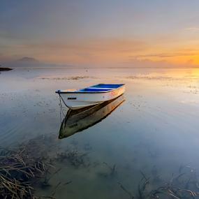 At the lowest point by Hendri Suhandi - Landscapes Sunsets & Sunrises ( bali, sanur, travel, beach, sunrise )
