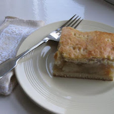 Almas Pite (Hungarian Apple Cake)