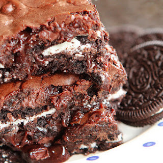 Cookies 'N Cream Oreo Fudge Brownies